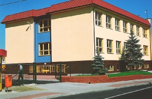 2004 Rozdrażew Junior High School