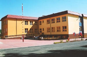 2004 Rozdrażew Junior High School_3