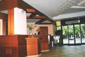 1998 - 1999 Готель KOMEDA в Острув-Великоп._3