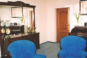 1998 - 1999 Готель KOMEDA в Острув-Великоп._4